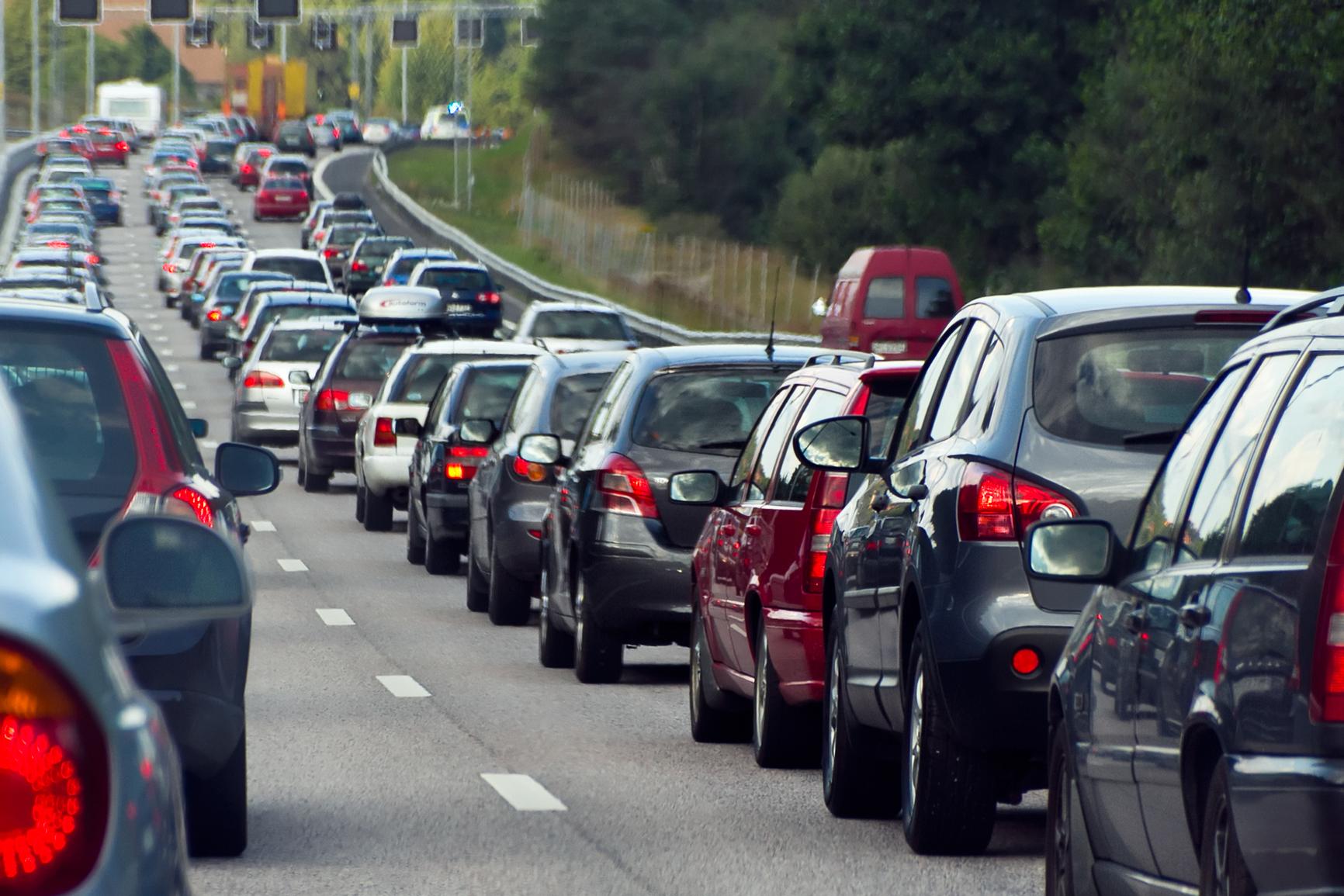 Пробка на междугородней дороге