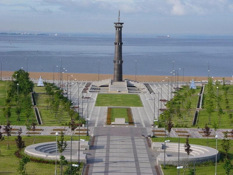 Парк 300-летия Санкт-Петербурга вид на залив