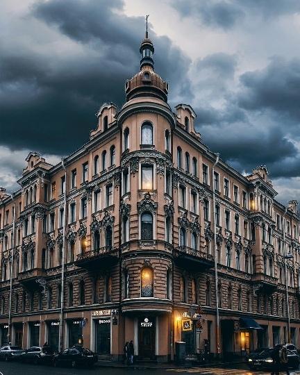 Жилой дом в центре СПБ