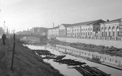Сплав леса по Обводному каналу историческое фото