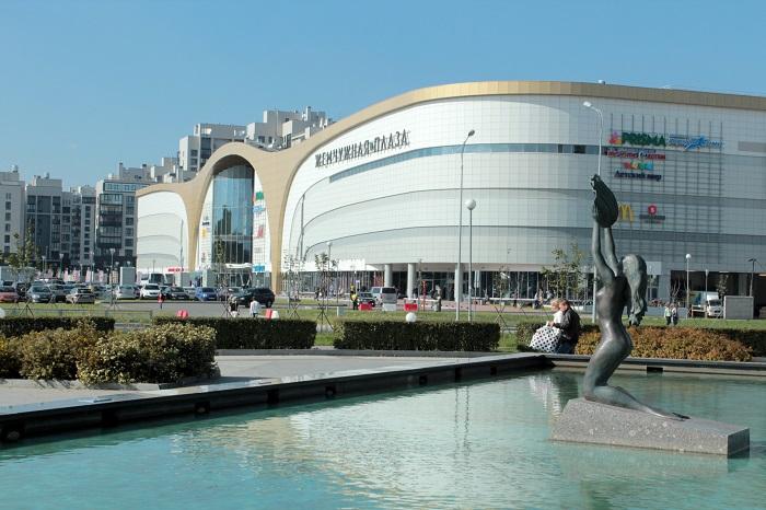 Фотография торгового центра